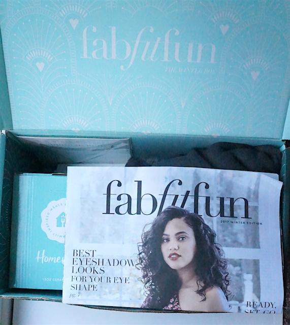 FabFitFun Winter box 2017 Spoiler Reveal - Fabfitfun subscription box review unboxing Promo- best subscription boxes - cruelty-free beauty box subscriptions - vegan beauty box - vegan subscription box - unboxing subscription box review | beautyisgf123.com