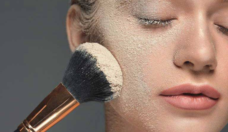 Powder- The invisible hero of makeup