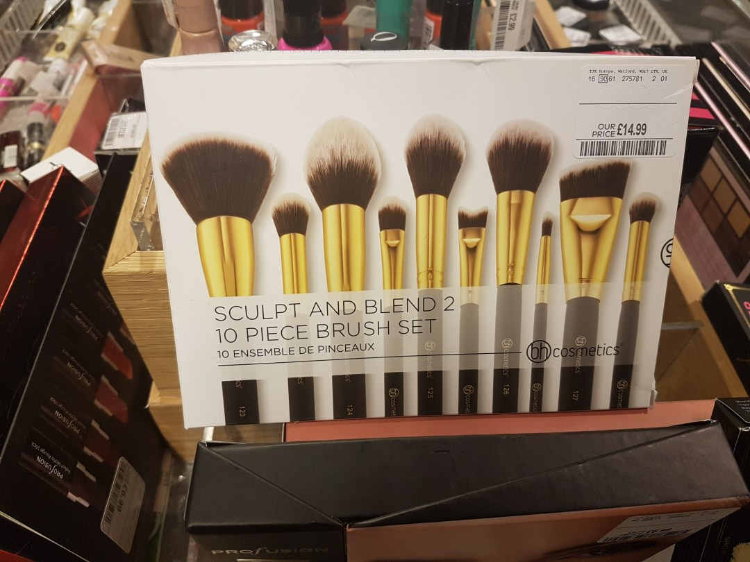 bh cosmetics sculpt and blend brushes