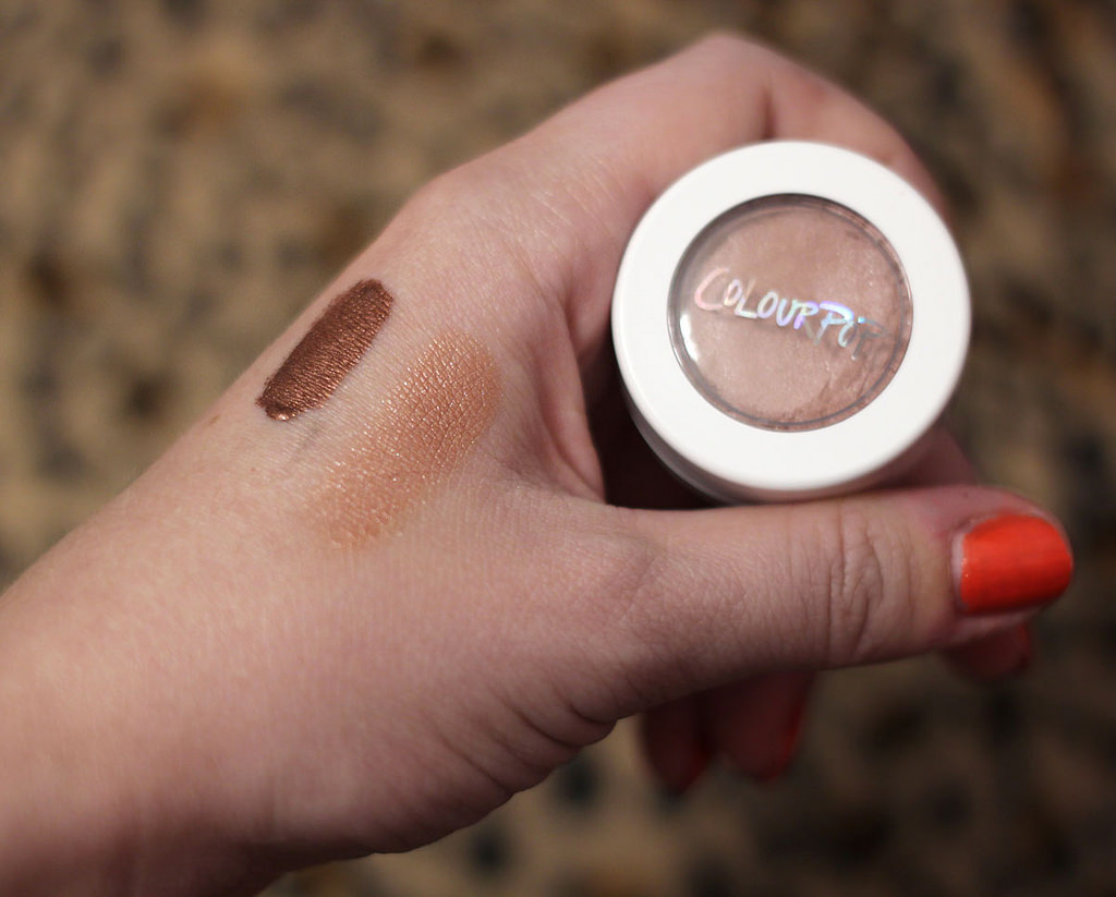 Free worldwide shipping at Colourpop (and how to avoid customs charges)