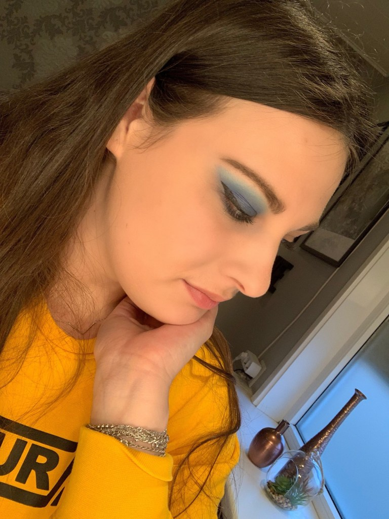 Jeffree Star Cosmetics Blue Blood Palette Look