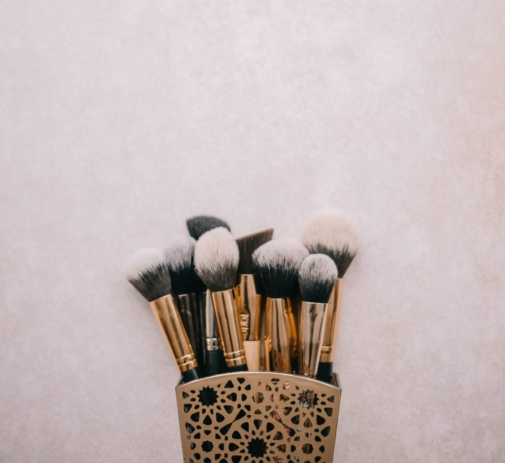 5 Makeup Storage Ideas to perfectly store all your makeup | Beautymone.com