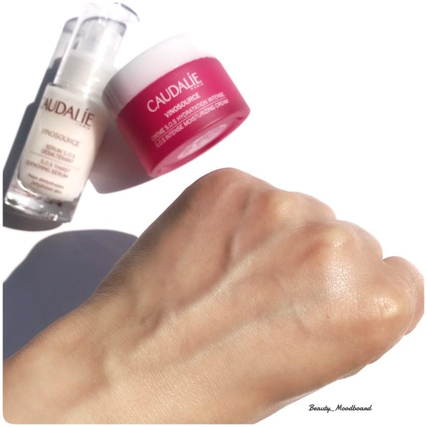 Swatch effet sur la peau de la Crème S.O.S Vinosource de Caudalie