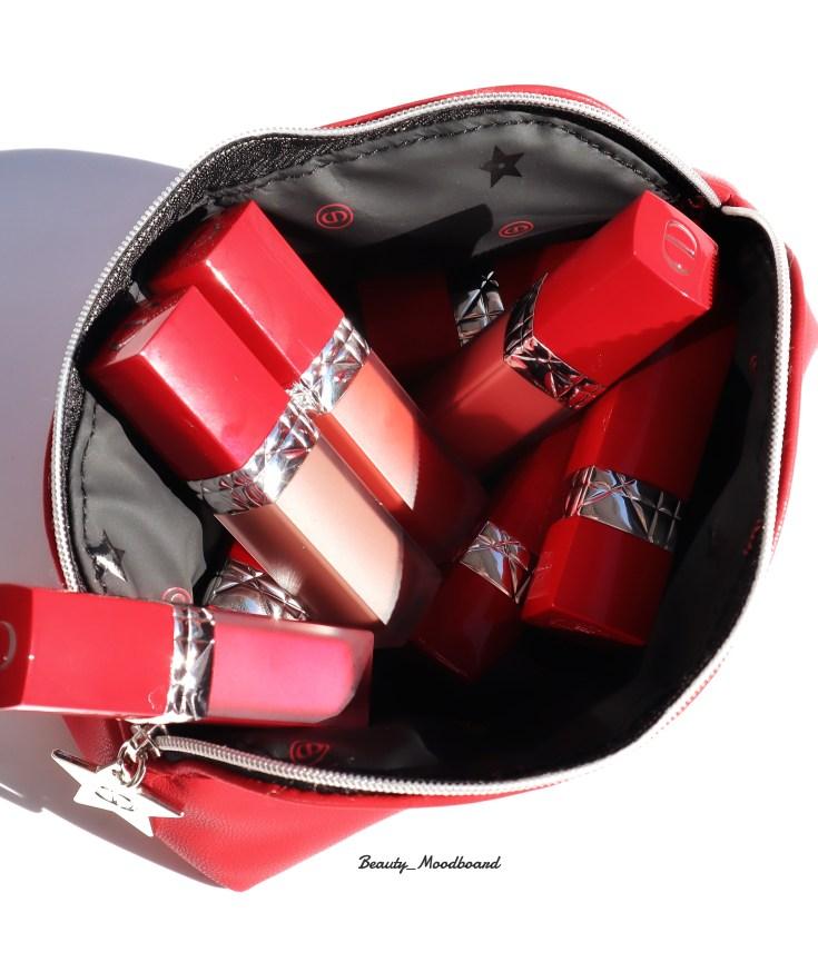 Trousse avec les nouveaux rouges à lèvres Liquid Dior infusés à l'huile florale
