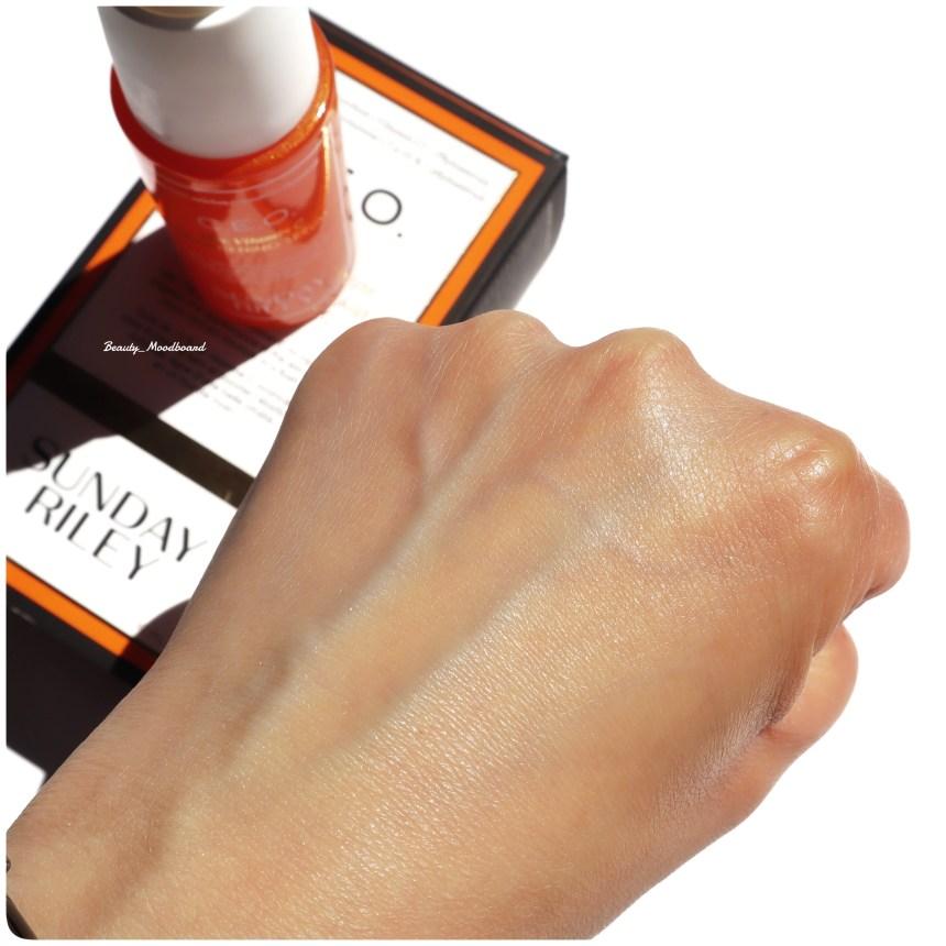 Swatch peau lumineuse sérum éclaircissant à la vitamine C