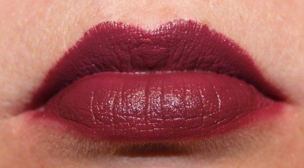 Wet n Wild Megalast Lipstick Ravin' Raisin