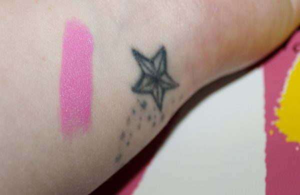 Dollhouse Pink swatch