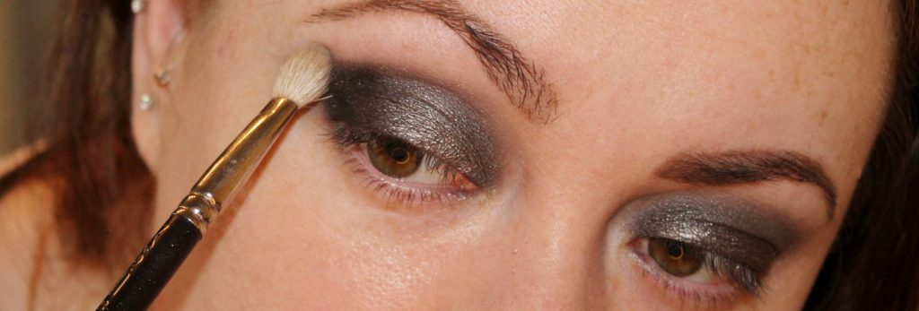 smoky eye look
