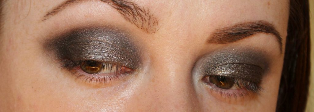 easy smoky look