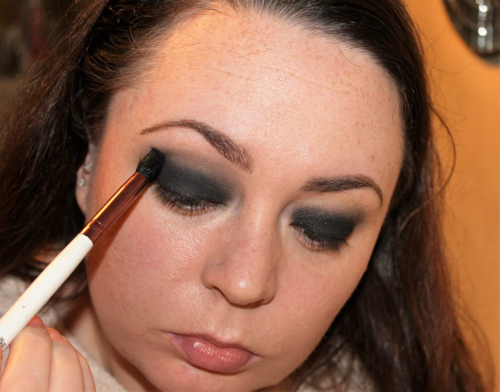 Smoky Eye Makeup Tutorial (11)