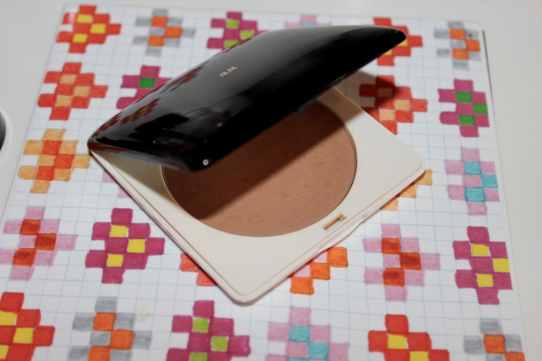h&M Sheer Tan Bronzer
