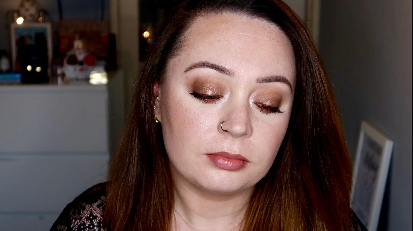 simple brown smoky eye makeup look