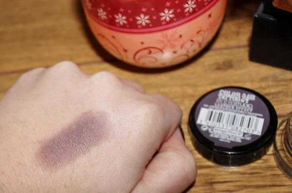Leather Effect Vintage Plum Swatch