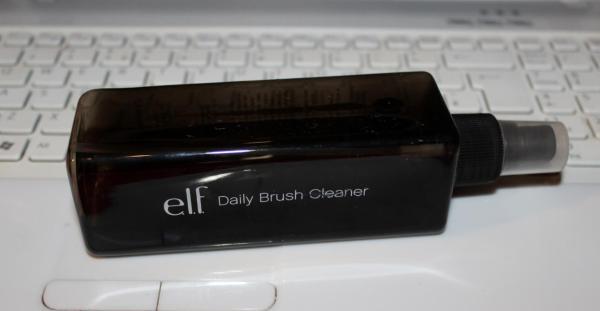 Elf Daily Brush Cleanser