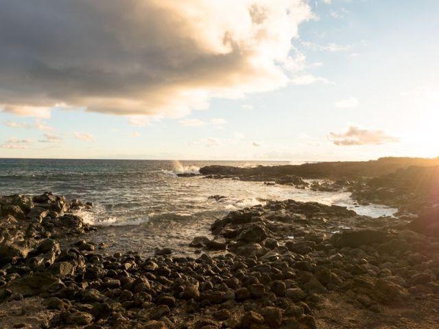 EASTER ISLAND ( RAPA NUI, ISLA DE PESCUA )