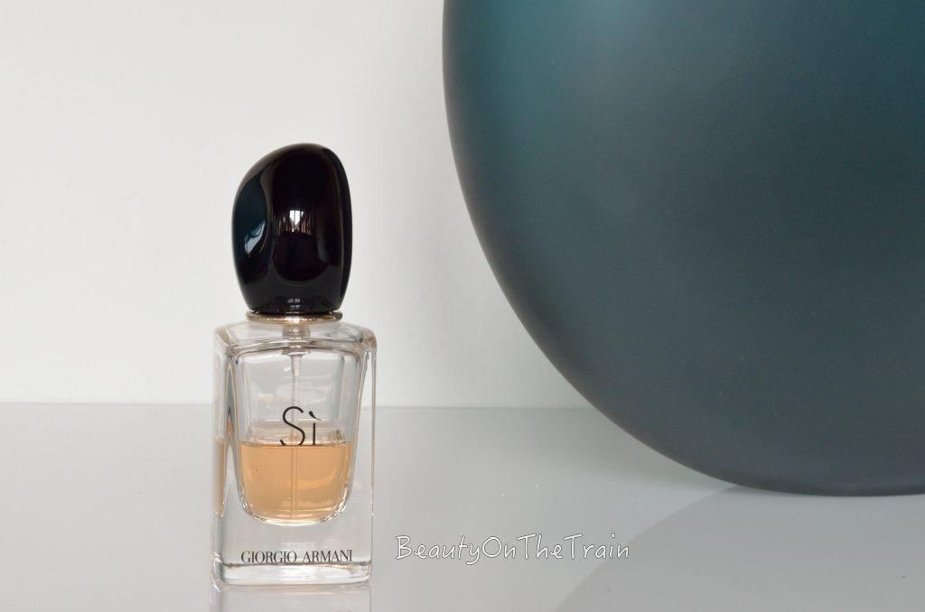 Eau_de_parfum_si_Giorgio_armani