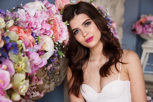Porady dotyczące makijażu ślubnego