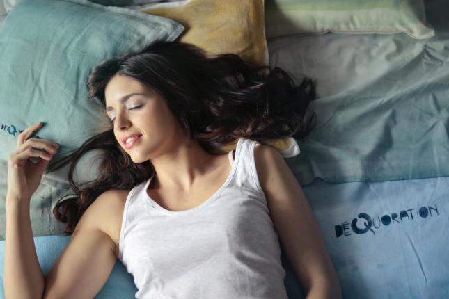 Jak dobrze wykorzystać ostatnie minuty przed snem?