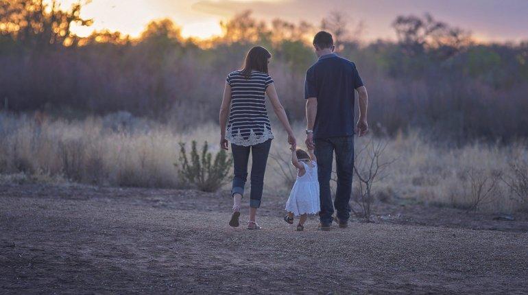 Relacje z rodzicami – kiedy mówimy o toksycznych rodzicach?