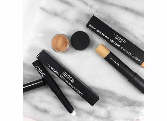 STUDIO FIX FLUID - STUDIO FIX PERFECTING STICK - MAC PREP AND PRIME