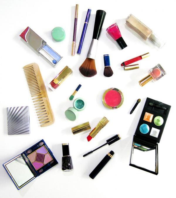 Make-up artist beauty tricks