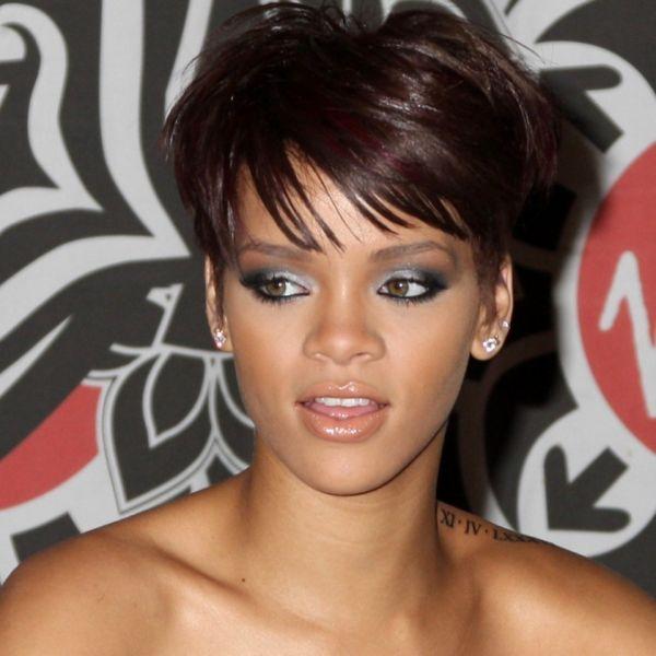 Rihanna's eye makeup