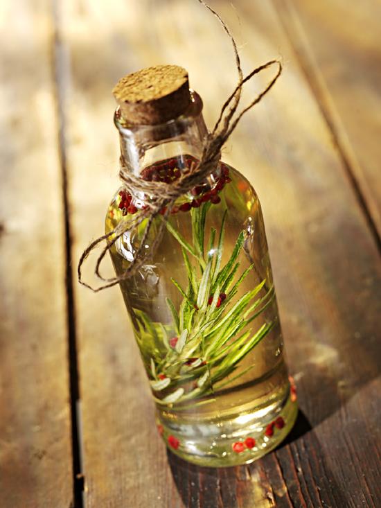 Rosemary Herbal Oil