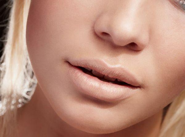 120705_nude_lips (2)