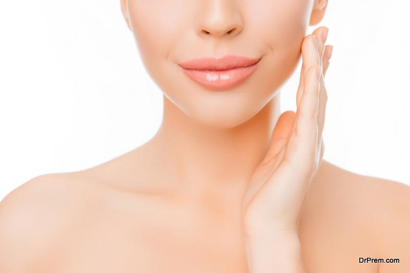 get plumper lips naturally