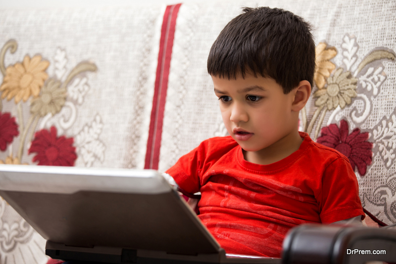 Coax-Your-Child-Away-From-Gadgets-and-Games.