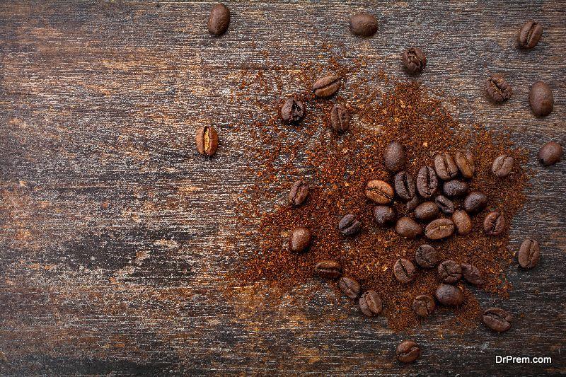 Coffee and honey scrub.
