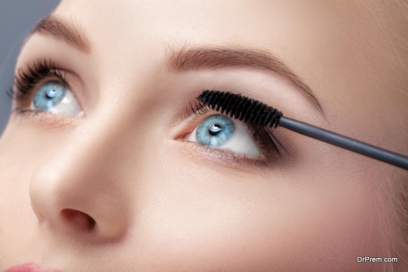 Instant eye makeup like a Pro