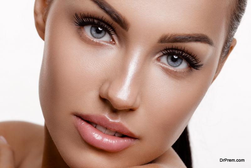 Glossy-makeup