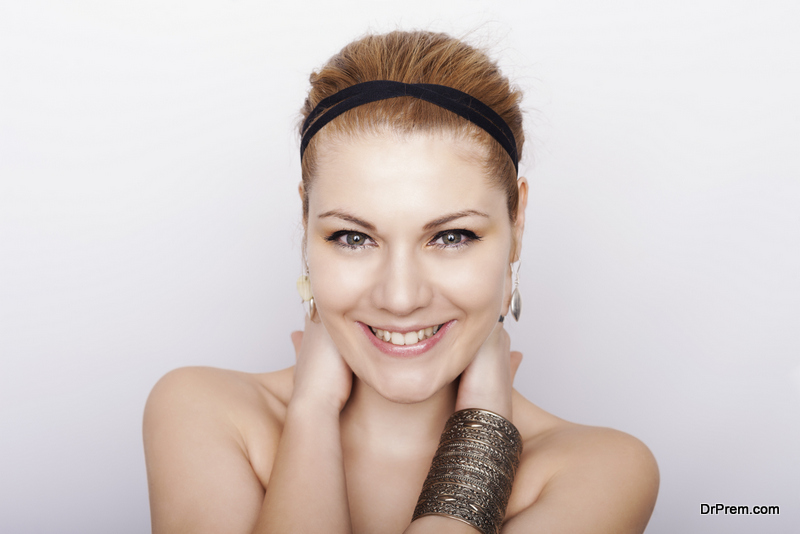 Head tie hairstyle
