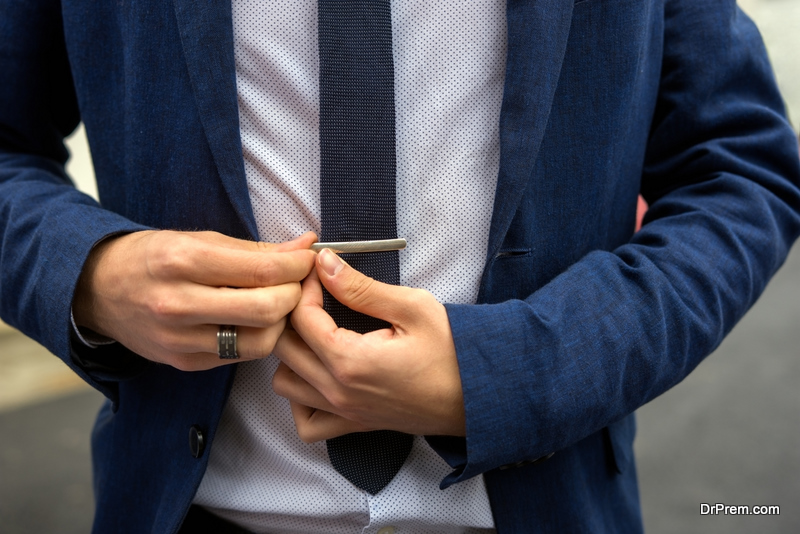 wearing tie-clip