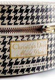 il packaging della versione da viaggio di Miss Dior