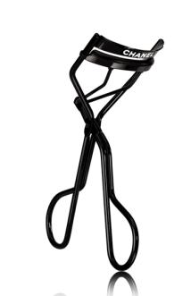 ciglia-piegaciglia-Chanel