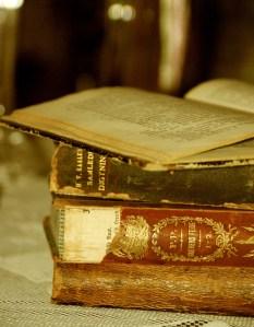 Majda-Bekkali-vecchi-libri