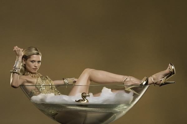 Lady-Million-Eau My-Gold-advertising