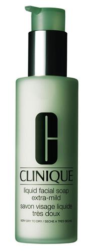 beauty-routine-Clara-Zermani-Liquid-Facial-Soap-Extra-Mild-Clinique