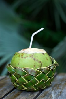 beauty-routine-ludovica-mauri-coconut-water