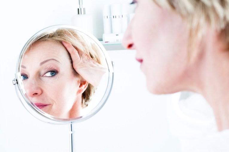 pelli-mature-make-up-sisley