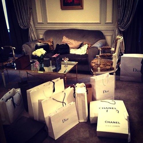 Beauty-routine-Alessandro-Ruocco-shopping