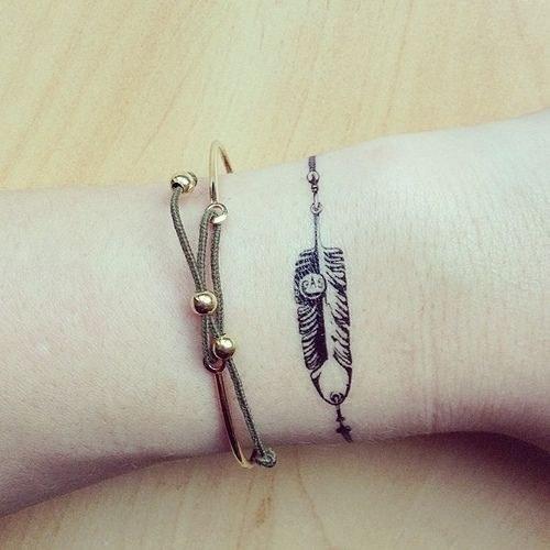tatuaggi-femminili-bracciale