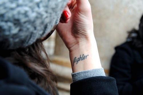 tatuaggi-femminili-motto