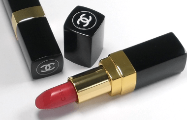 beauty-routine-alessia-alpini-Chanel Orchidee Lipstick