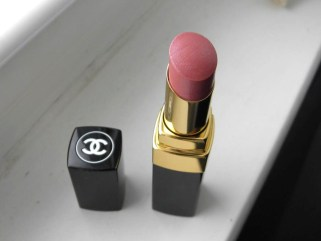 Beauty-routine-Daniela-Baffi-rossetto-chanel