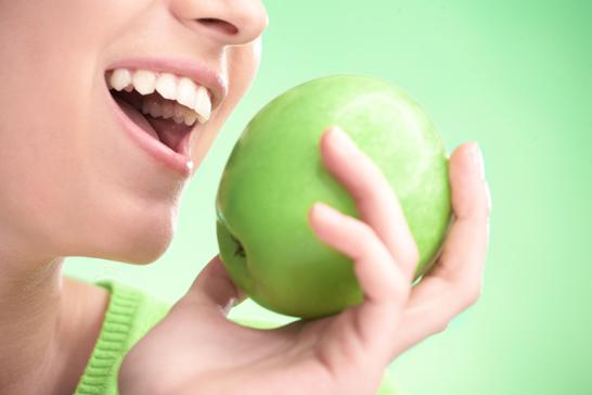 denti-bainchi-Green-Apple