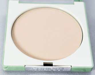 beauty-routine-serena-bianchin-clinique-superpowder-double-face