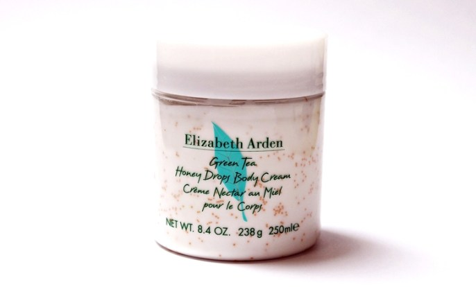 beauty-routine-elizabeth arden